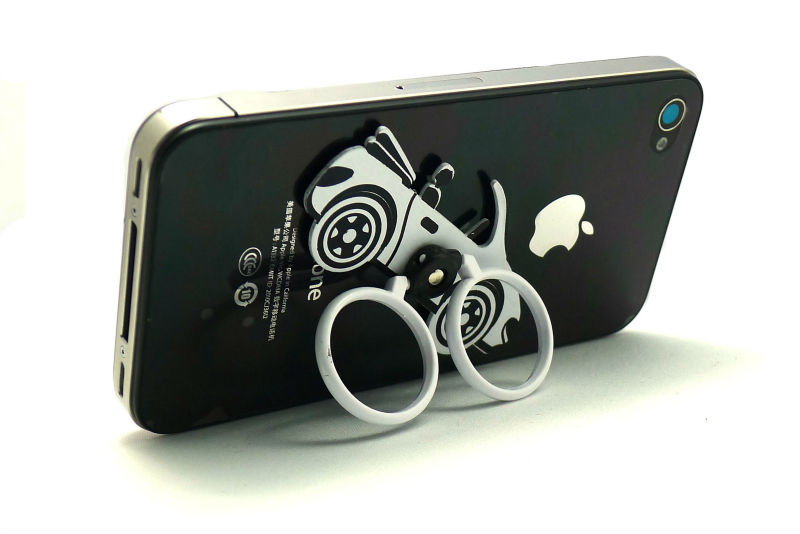 2013 new design promotional gift rings metal fly phone holder