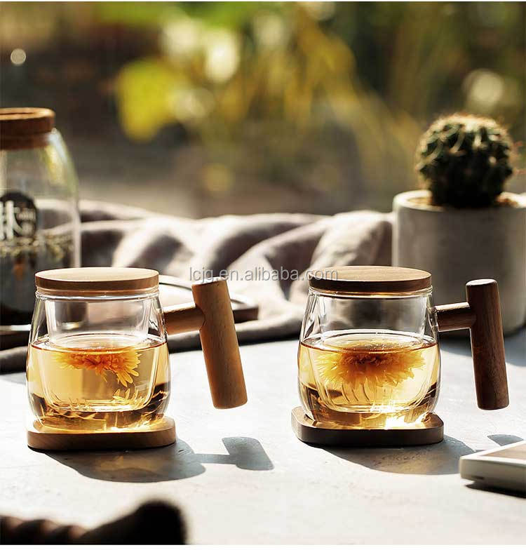 Hot sale wooden handle glass tea cup with infuser and lid