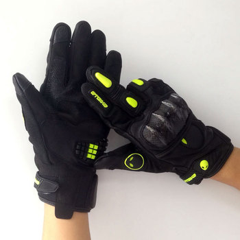 Factory Price Carbon Fibre Protect Moto Motorcycle Fingertip Touch Screen Gloves