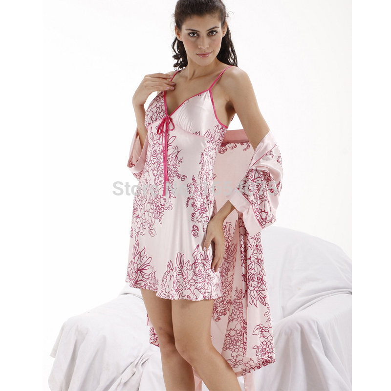 free shipping pajamas for women casual sleepwear bathrobe robe femme robe women sexy long. Black Bedroom Furniture Sets. Home Design Ideas