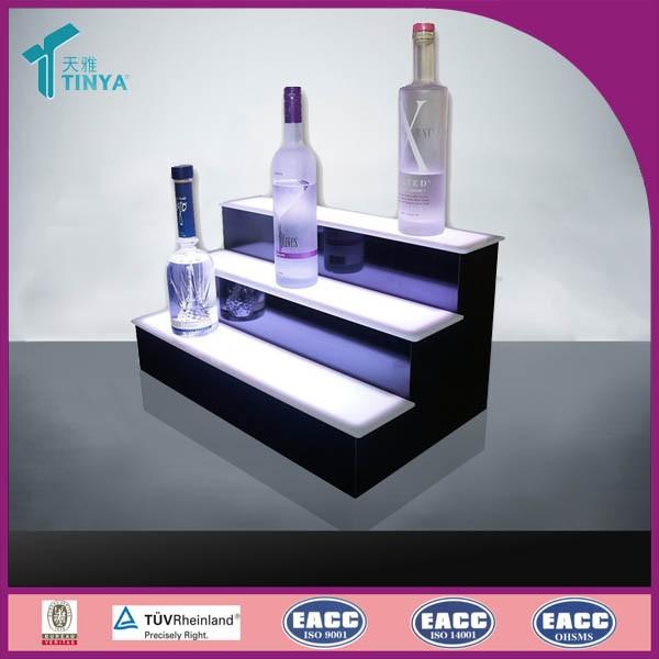 Nye produkter Producent Akryl LED flaske Glorifier Display LED lys Vin rack Akryl falske vinflasker til display