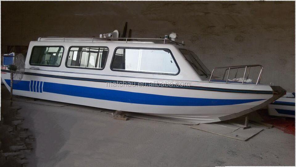 Cheap Price Fiberglass Motor Cabin Cruiser Power Boat For