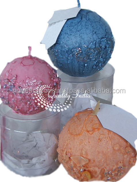 Colorful Christmas Balls Design Candles