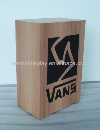 custom vans shoe stands factory in china / wooden custom vans shoe stands table top blcok