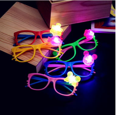 2017 trending product bar festival Christmas party supplies hot flash toys LED glasses
