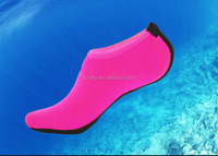 Neoprene volleyball / soccer beach sand socks