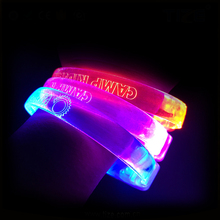 Commercio all'ingrosso Ultra Luminoso scuotendo musica glow led slap bracelet