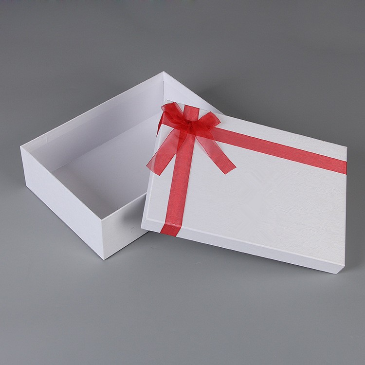 Customized black and white gift hard paper box with black foam