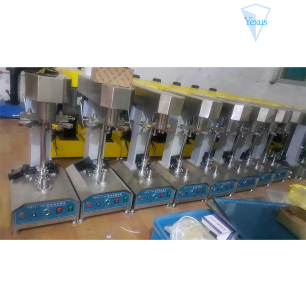 Semi-automatic seaming for small tin pet can bottle cap sealing machine