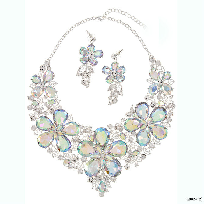Faceted Crystal Floral Accent Detailed Fashion Statement Evening Necklace Earring Sets Jewelry