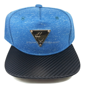 Source Wholesale Custom Triangle Gold Metal Plate Carbon Fiber Woven Flat  Brim Plain 5 Panel Cap Snapback Cap on m.alibaba.com 14588337bc5