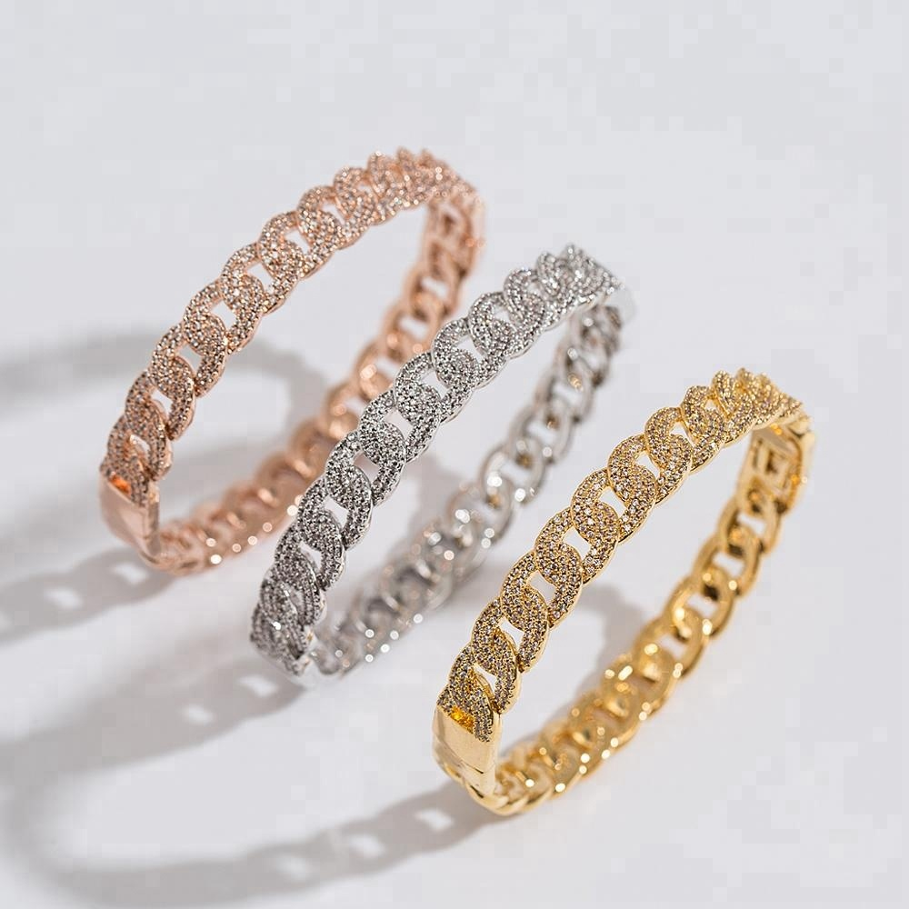 Simple Fashion Hot Sell Gold Brass CZ Bangle for Women