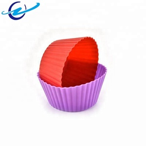 Best selling products high quality cute Mini Small size cup cake mold with muffin cup