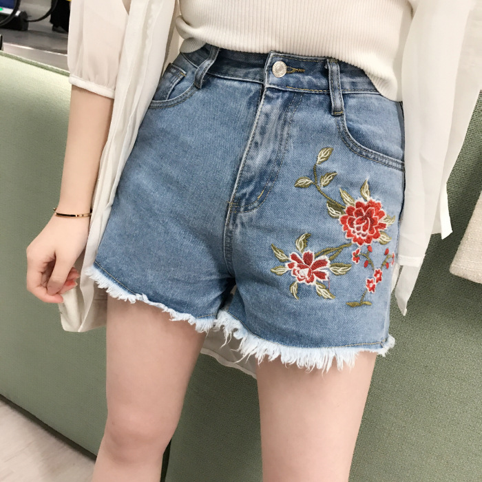B20752A Europe style fashion embroidered flowers denim shorts hot shorts