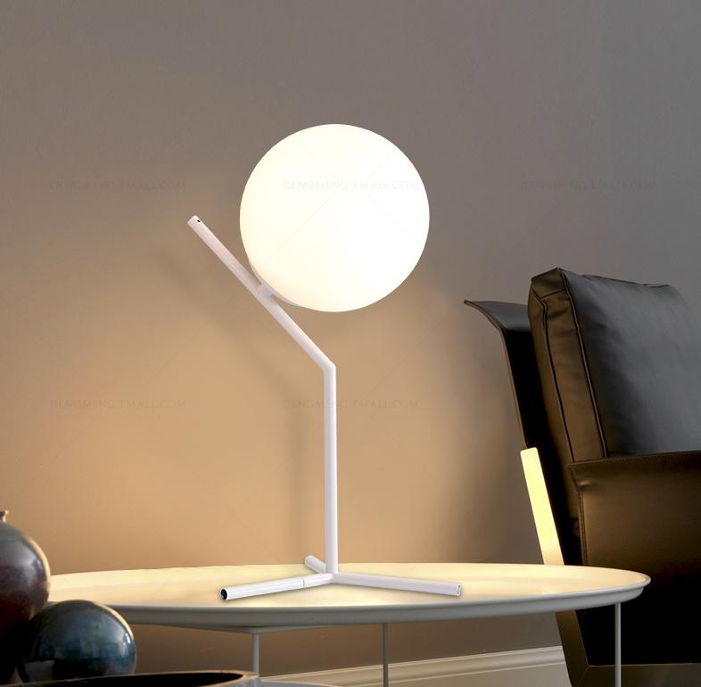 Moderna Creativa Bianco Palla di Vetro Lampade Da Tavolo per Studio ...
