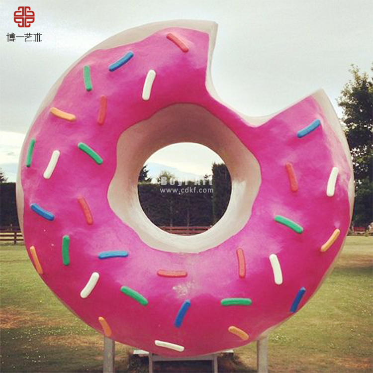 Giant Food Sculpture Delicious Fiberglass Doughnut for Attraction