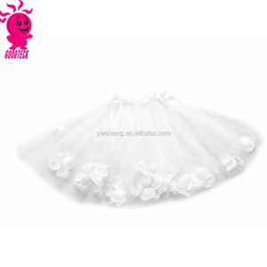 The new 2017 princess dress skirt skirts wholesale children's performances net yarn little white petals tutu skirt