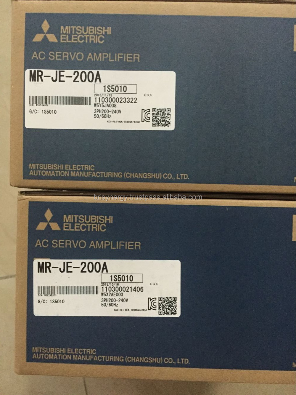 Un MITSUBISHI AC Servo Amplificateur MR-J2S-40A NEUF