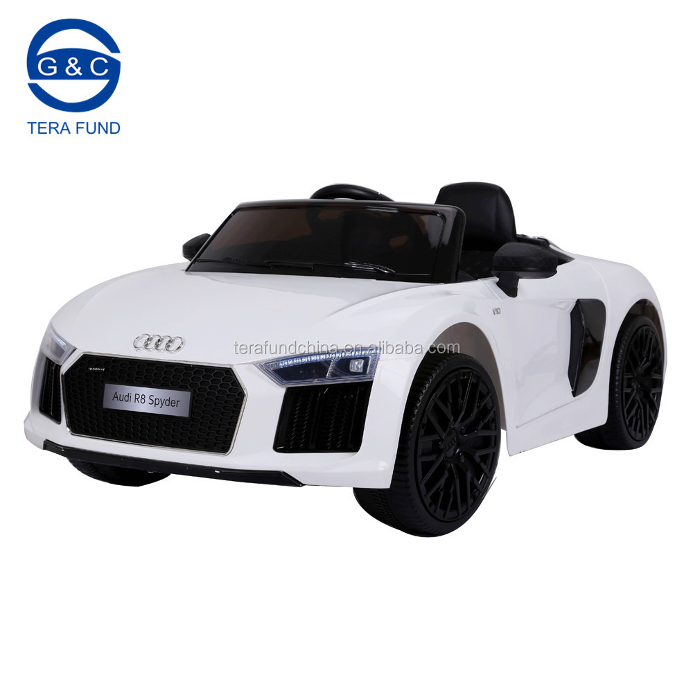 2017 new licensed R8 12V Kids Ride-On Car MP3 USB Player Battery Powered RC Parental Remote Toy