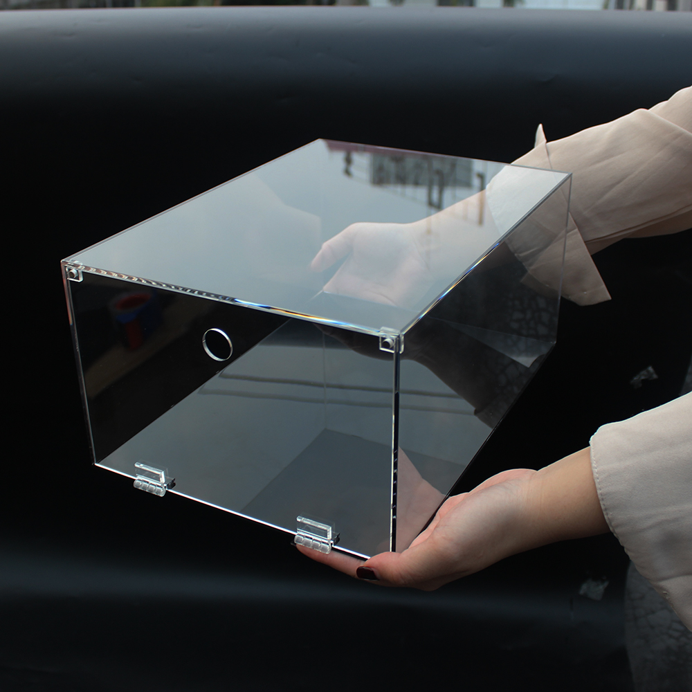Transparent Sneaker Box