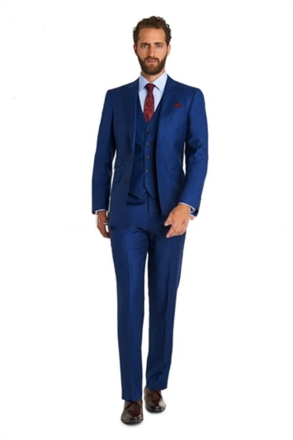 Slim Fit Suits. When you have to dress up for the work day, wearing a nice fitting suit is always a good idea. If you want to look professional, but still keep a fashion edge, choose slim fit suits. The slim fit conforms to your body, helping you to feel put together, while .