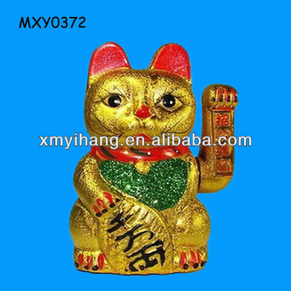 Gold color ceramic fengshui hand waving Japanese Wholesale Lucky Cat