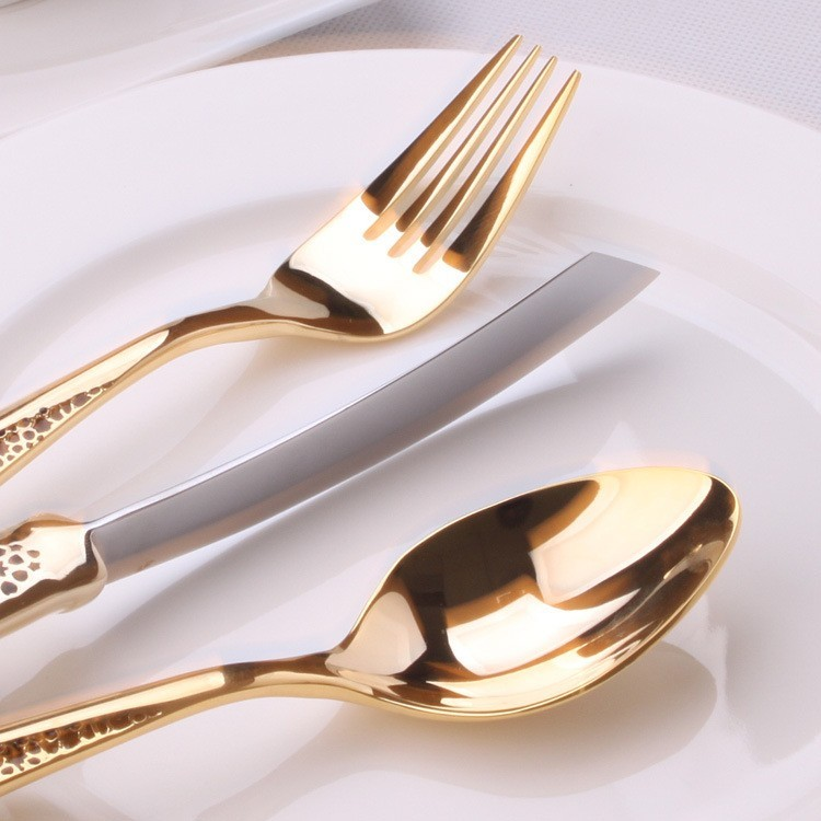 China <strong>stainless</strong> steel cutlery Manufacture Wholesale OEM SUS 304 <strong>Stainless</strong> Steel Rose golden Cutlery Set for Hotel