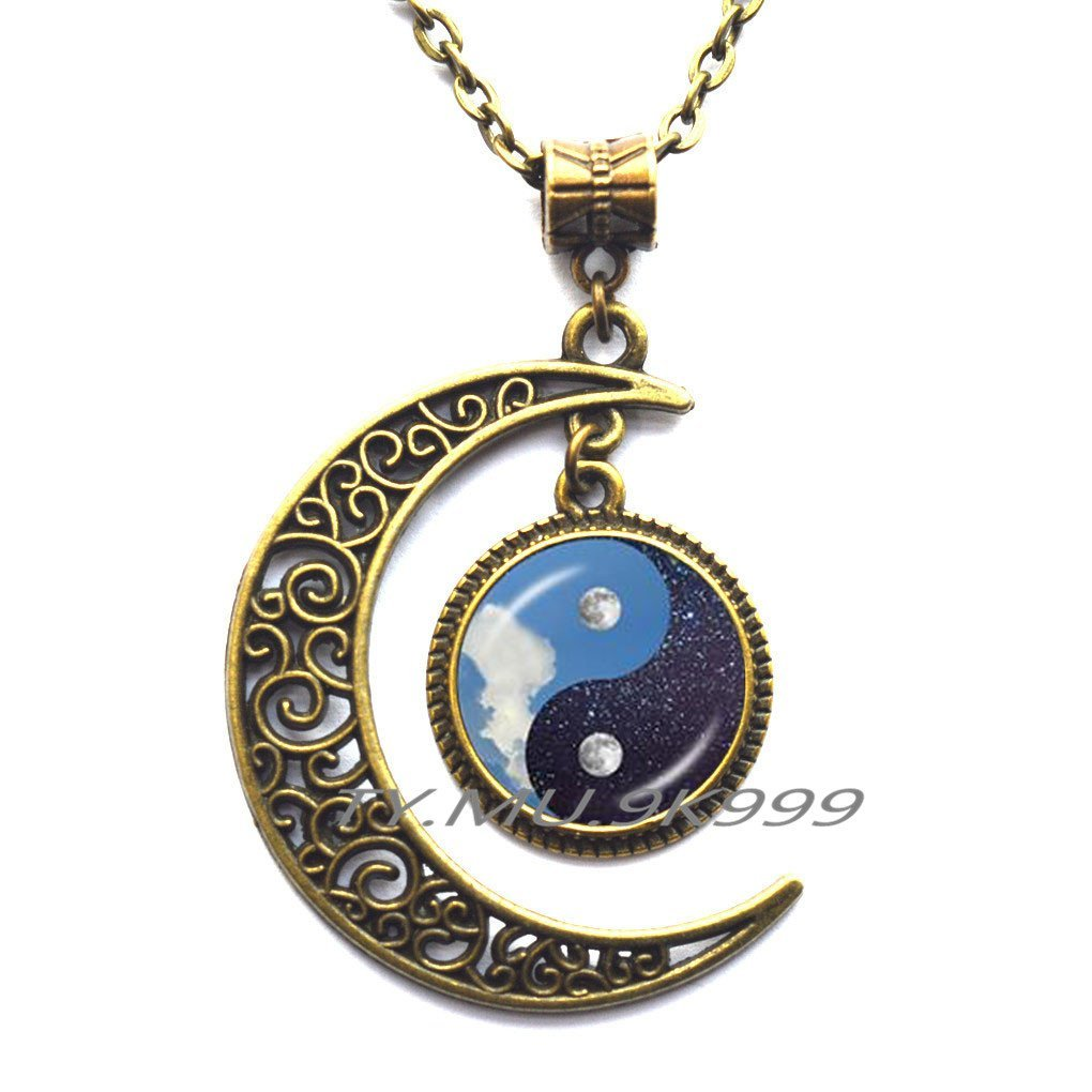 Gemingo Unique Design Cute Black and White Chinese Yin Yang Necklace Jewelry