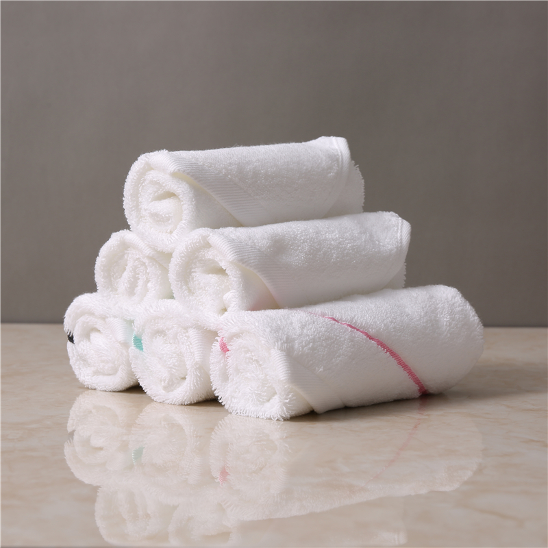 cheap lot Stock Embroider princess 6 piece sand less face chamois white towel