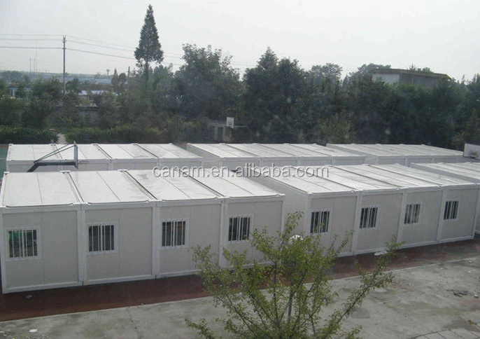 Splice container living house for refugee house
