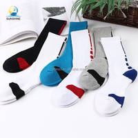 Wholesale Bulk Cotton Thickened Terry Anti Slip Yogo Football Sport Socks