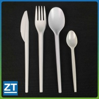 White Plastic Medium Weight Cutlery Kit with Fork, Knife, Tea Spoon
