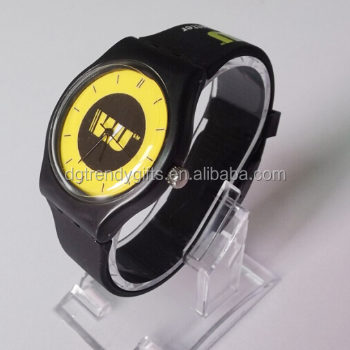 Western Uion Collection Men's Casual Black Silicone Rubber Quartz Sport Wrist Watch Customized Company Logo