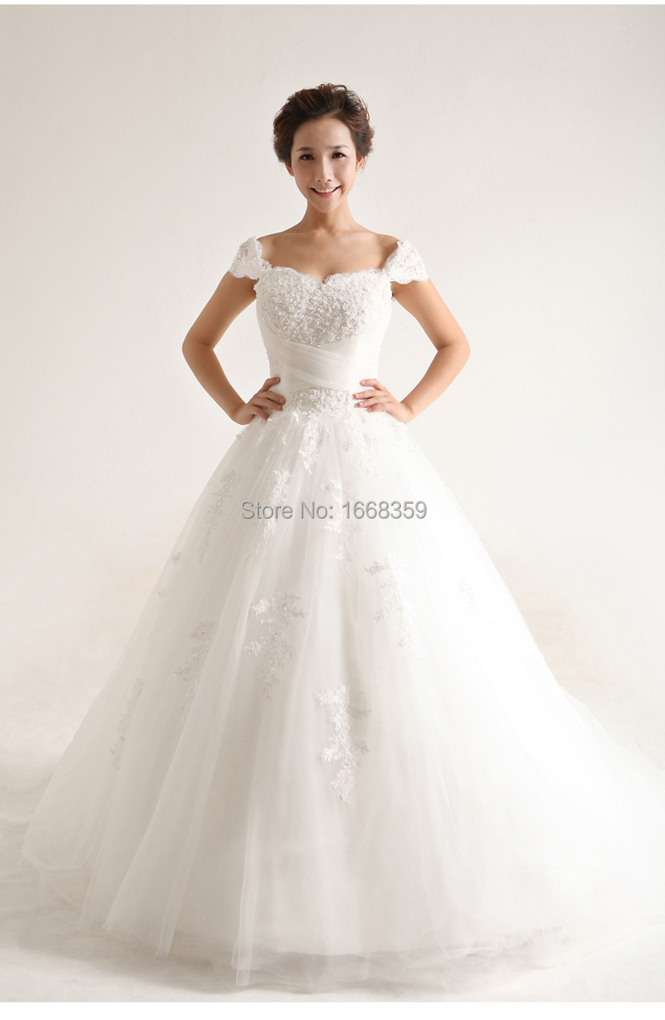 Cheap Ball Gown Wedding Dresses: Custom Made White Lace Appliques Sweetheart Off Shoulder