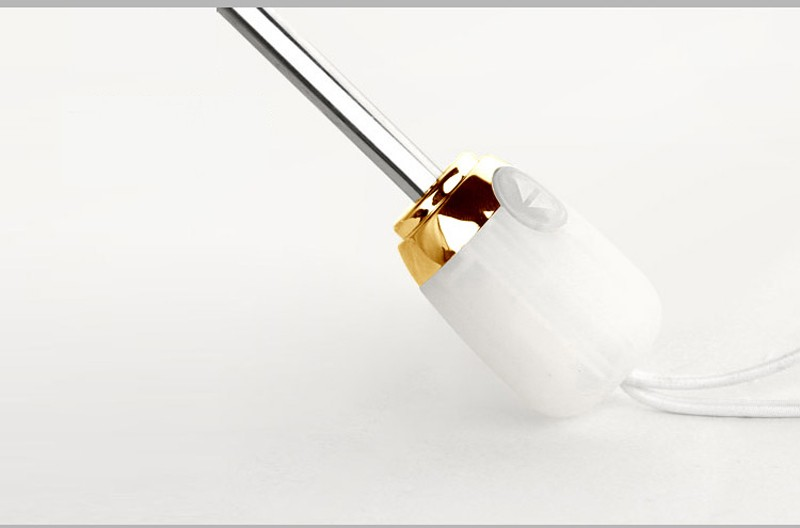 Sparsam pave byter glas men inte bage