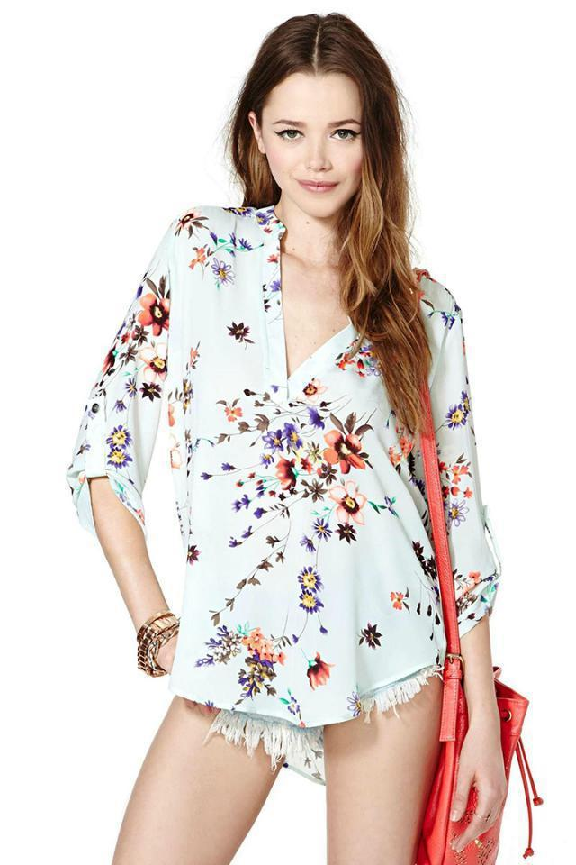 e246227a0c4 2015 autumn women floral romper summer style v neck sexy short romper  jumpsuit long sleeve floral