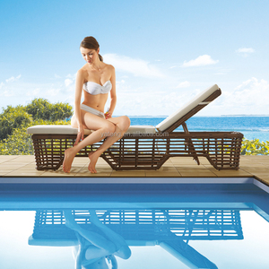 Low price rattan wicker swimming pool sun lounger for hotel outdoor lounge furniture
