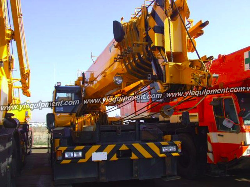 TADANO GR600N 60 ton used rough terrain wheel crane