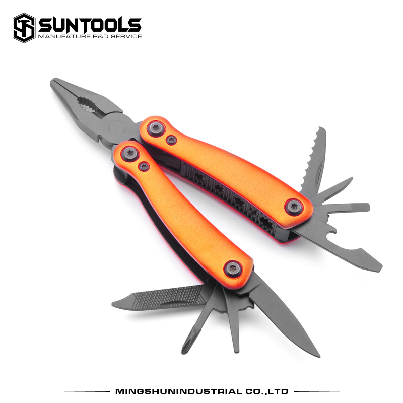 Good-quality factory paten design outdoor foldable functional tools with pliers
