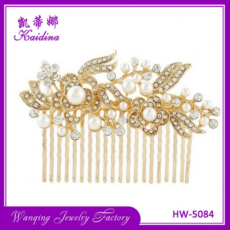 Hot selling different types metal bridal rhinestone crystal pearl comb