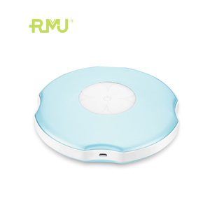 PW02B Clover Usb Cute Portable Rechargeable Hand Warmer, Massage And Hot Compress Hand Warmer Power Bank Reusable