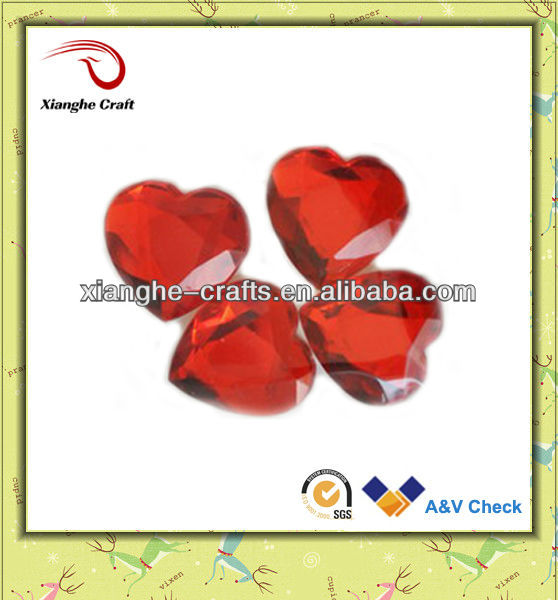 High quality decorative heart acrylic stone for clothes