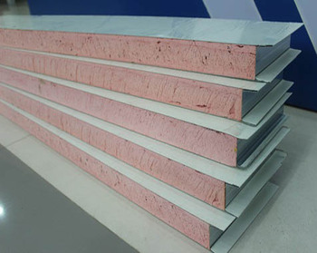 Phenolic aldehyde sandwich panel