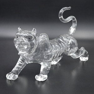 Wholesale 500 ml tiger animal shape odd wine spirits glass bottle for liquor