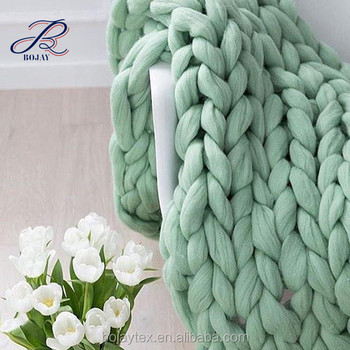 New Technology Luxury Perfect Hand Knit Baby Girls Designs Cotton Acrylic Wool Chunky knit Cushion Sweater Blanket
