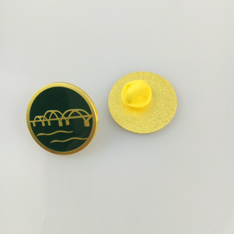 High quality custom dome epoxy safe metal logo badges pin