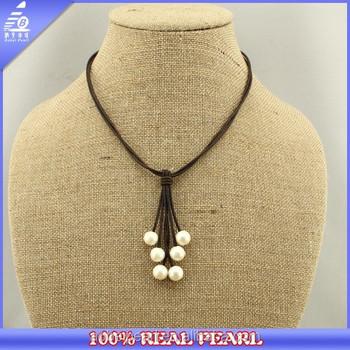 ee71df251471 2015 hecho a mano blanco de agua dulce collar de perlas cuero perla  colgante collar