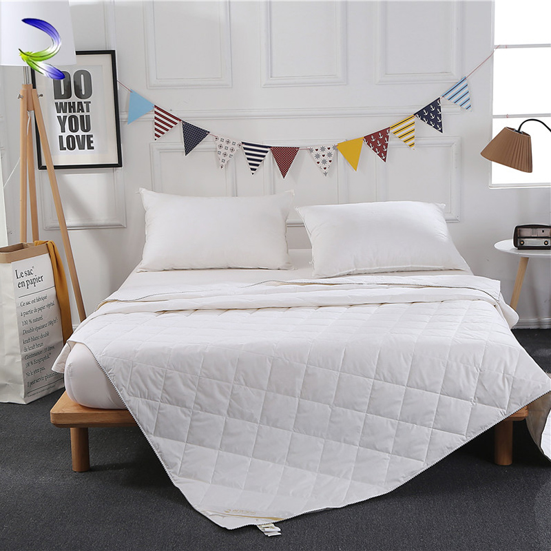 summer light weight classic white goose / duck feather duvet down quilt / blanket