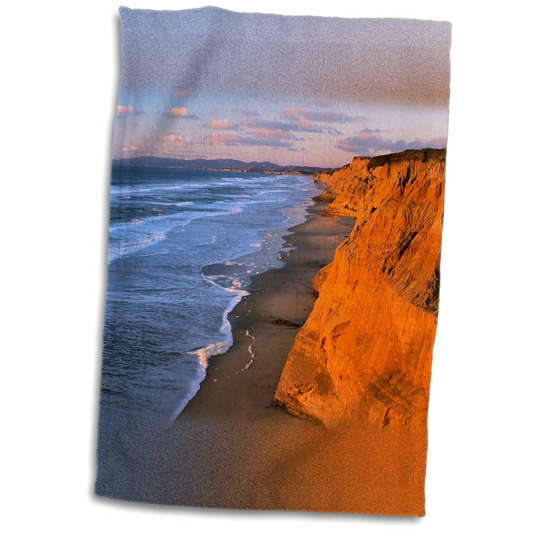 3dRose Danita Delimont - Charles Gurche - Cliffs - USA, California, Cliffs at Pescadero State Beach - 12x18 Towel (twl_189693_1)