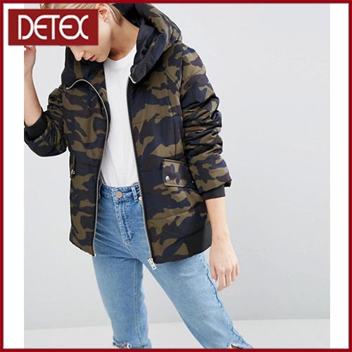 100% Polyester Padded Winter Camo Jacket Women For Extra Warmth